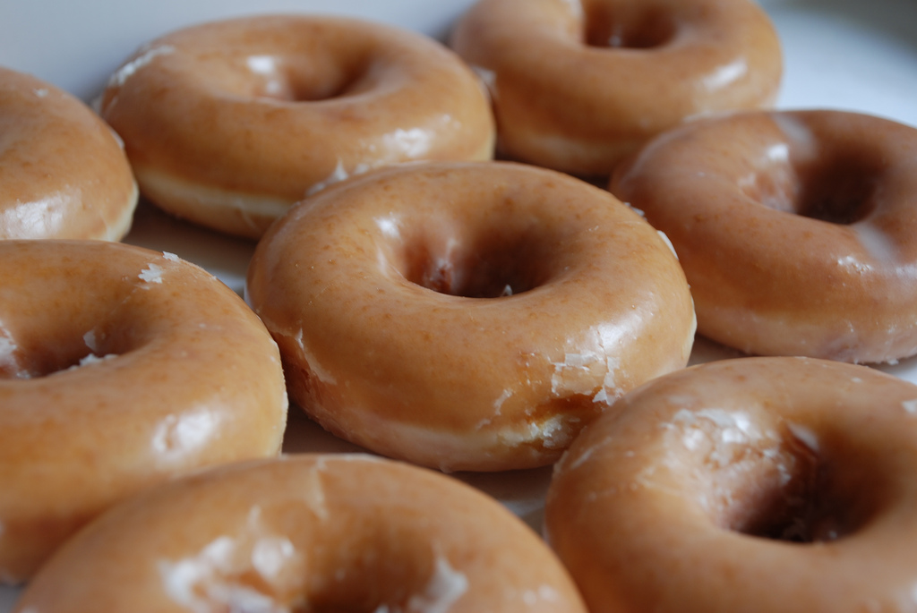 Old fashioned glazed donuts 95
