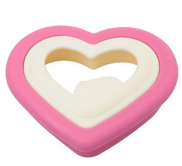 Heart Shaped Bread Cutter Only $1.97 + FREE Shipping, Hot Amazon Deals, Valentine's Day, Baking Molds, Sandwich Maker